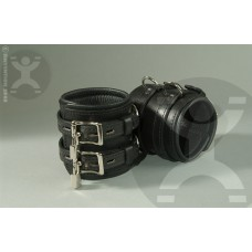 Classic DeLuxe 4 Inch Locking Cuffs